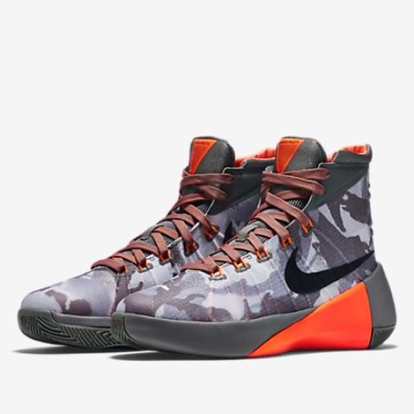 90b04f1107a3 Nike Hyperdunk Kids Basketball Shoes. M 5b2e695caa87701d009f7969